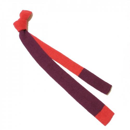 cravatta maglia rossa viola