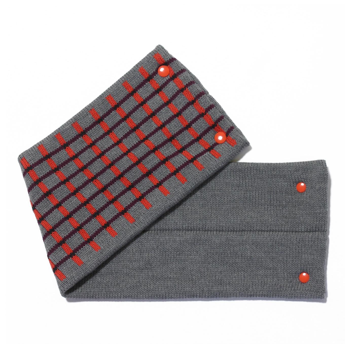 sciarpa con bottoni grigio arancio bordeaux nero